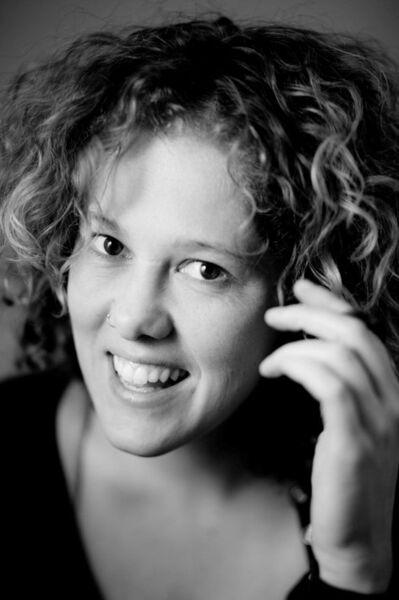 KONKAV KAST 12 | Maureen Prins