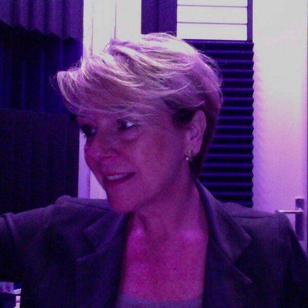 Voixlà! Jacqueline Blom / voice-over / stemactrice